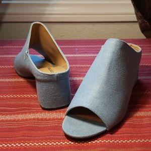 COMFORTVIEW 9 1/2 Wide denim open toe fabric mule
